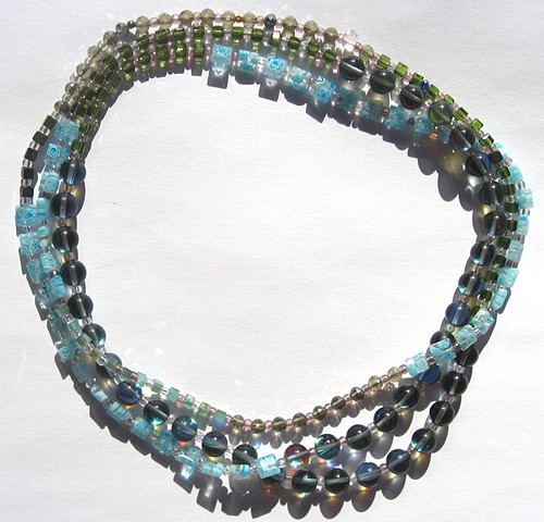 Color block blue/green wrap necklace