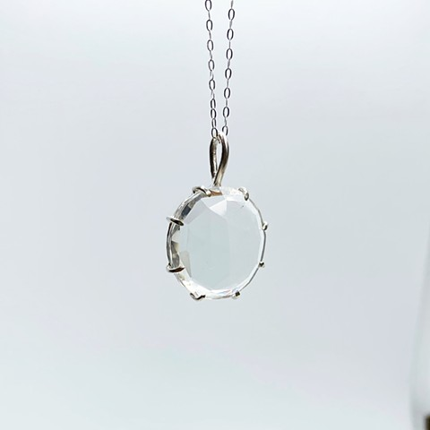 Hydroquartz Necklace