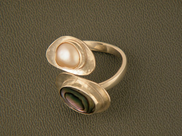 Adjustable sterling silver ring with abalone and fresh water pearl