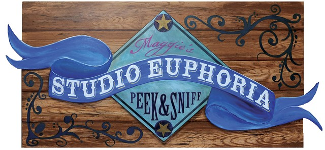 Studio Euphoria sign, entrance, circus, lights, SOMArts