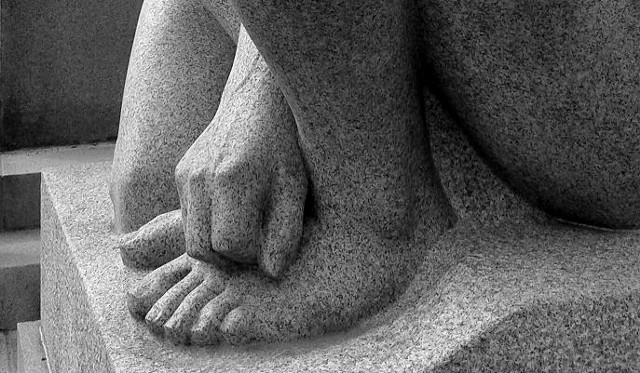 B&W, photo, Stone Sculpture, Hand and foot