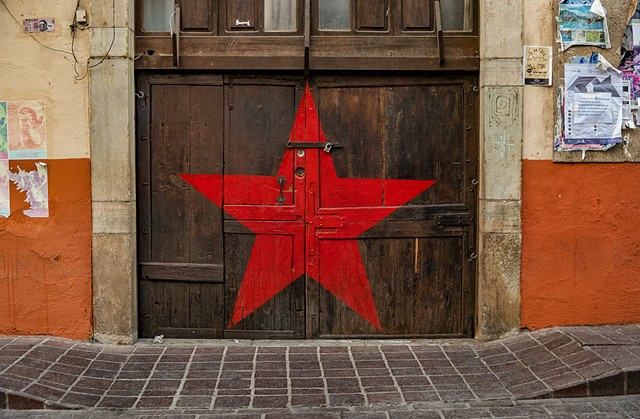 Red Star Garage
