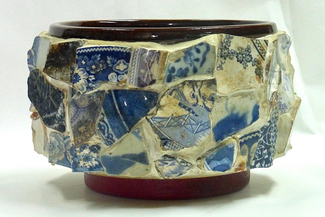 Michael Thompson Chicago artist, memory jug, mosaic, collage, porcelain