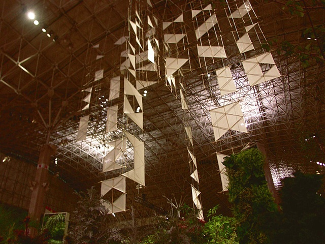 Michael Thompson Chicago artist, Large Interior sculpture, hanging sculpture, paper sculpture, Navy Pier Chicago, atrium art, sculpture