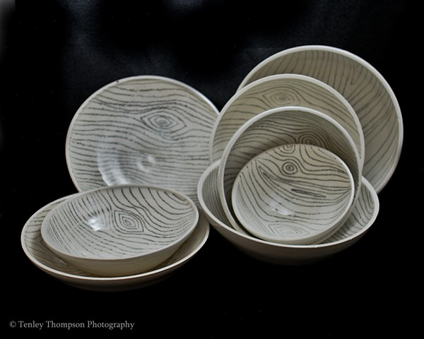 Wood Grain Plate and Bowl Set