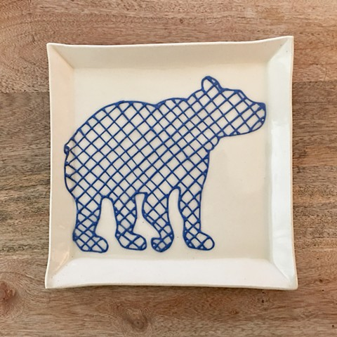 Crosshatch Bear Plate