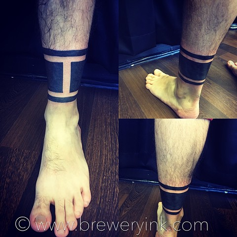 blackwork tattoo ankle bands