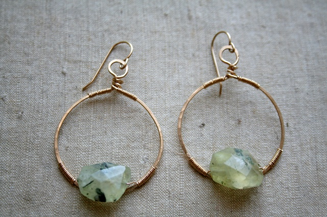 Lucky Earrings with Prehnite