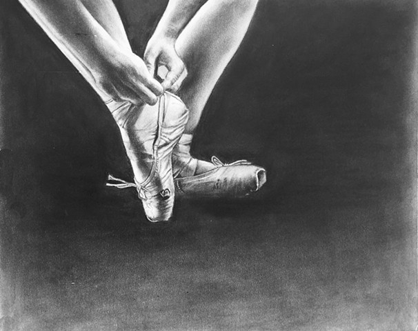 Charcoal drawing of a ballerina tying her toe shoes by Kandy Stern.