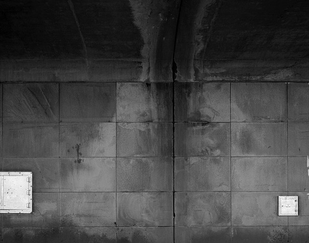 Wall under BQE, Bklyn.