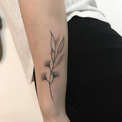 Botanical tattoo by Amy Unalome. Handpoke tattoo Melbourne Australia. La Flor Sagrada Tattoo, Melbourne.