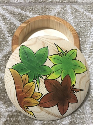 Trinket box with Japanese maple leaves