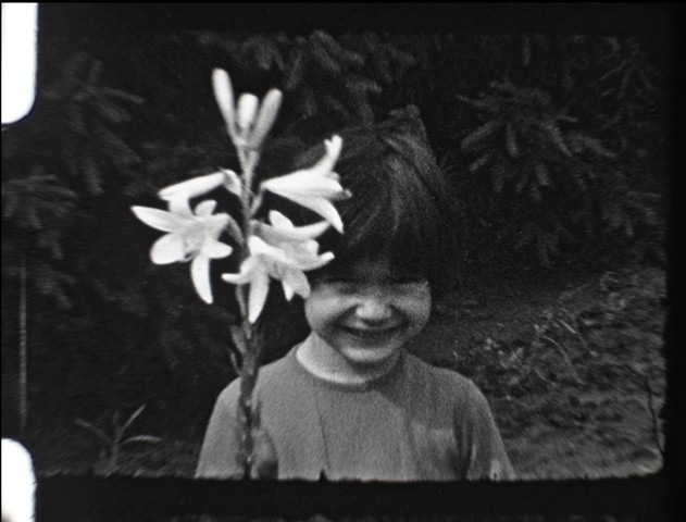 (Teaser Trailer) 'ELEGANT FLOWER'  [Dir. Whitehall, Co-Produced with Brucke, 2018, Short Film, Super 16mm/8mm, 20:17 min, b/w with Colour]