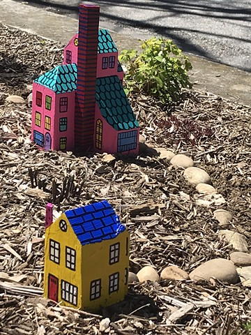 Yellow Cottage and Pink Palace, Installation at the corner of Powder House Terrace and Kidder St. Somerville, MA.