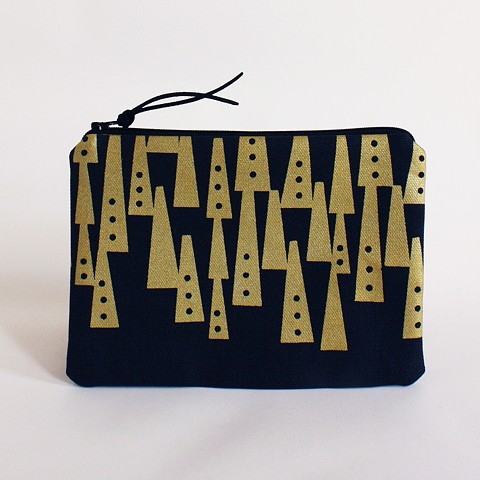 textile design by Tamara Bagnell - toten pouch