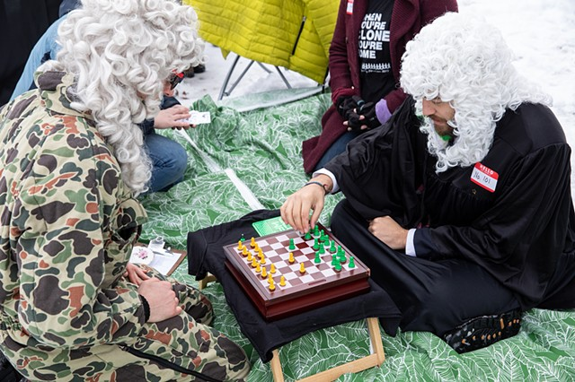 Judges play Clone Chess | Photo by Walter Wlodarczyk