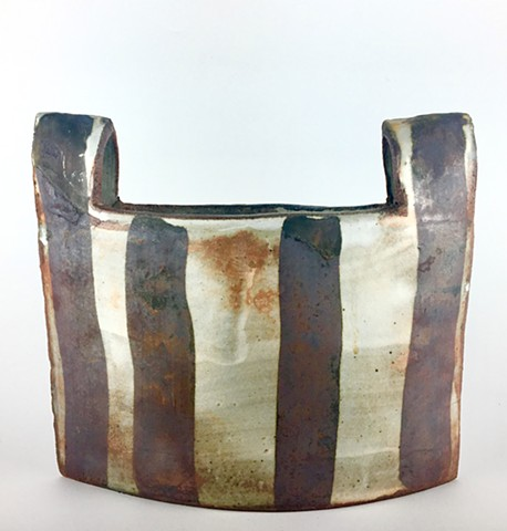 Iron Striped Cut-Out Bucket 5 (side 1)