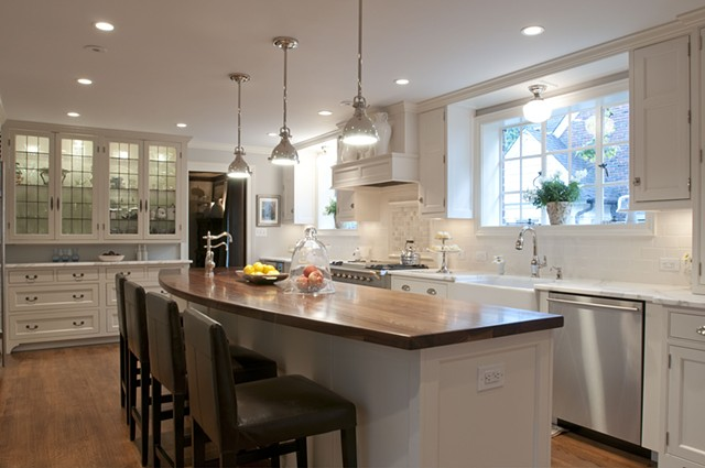 Wright Robinson Architects. Historic District. Renovation. Custom Kitchen.