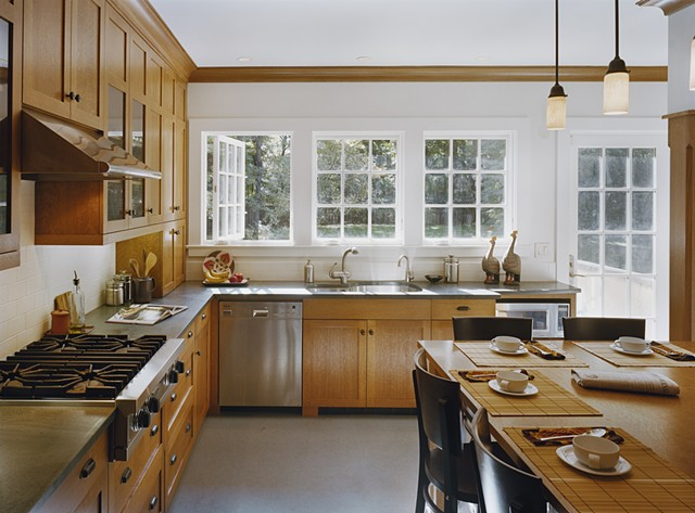 Wright Robinson Architects. Montrose South Orange NJ. Custom kitchen. Kirby stone countertops. Quarter sawn white oak.