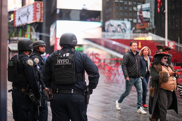 Despite a recently released ISIS video which insinuated an imminent bomb detonation in Times Square, tourist traffic and construction remains normal with some additional police support on November 15, 2015.