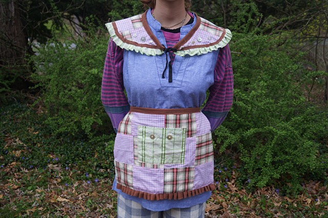 Quilted Half-Apron and Collar set