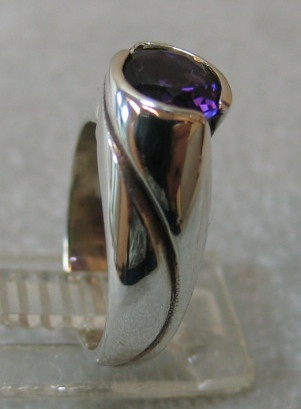 STERLING UP SWIRL RING W/ AMETHYST VIEW 2
