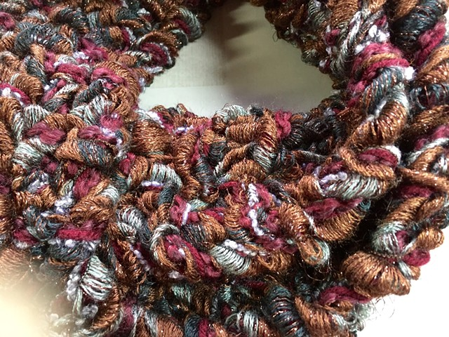 J5_ BROWN, BLACK, GRAY, MAROON WIDE METALLIC RIBBON CLOSE UP