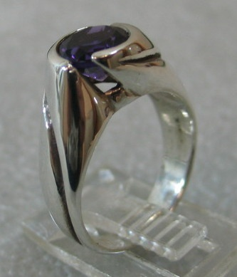 STERLING UP SWIRL RING W/ AMETHYST VIEW 3