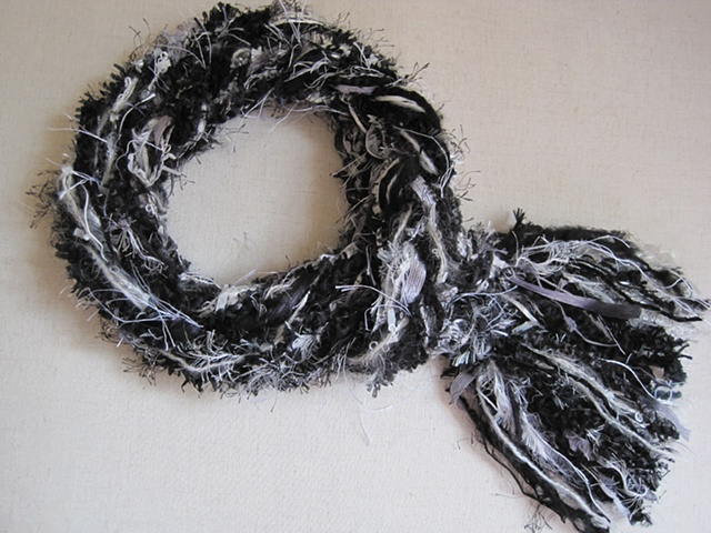 black & white braided yarn boa