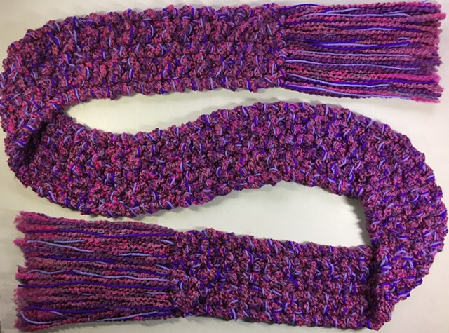J17_  MONOCHROMATIC PURPLE SCARF