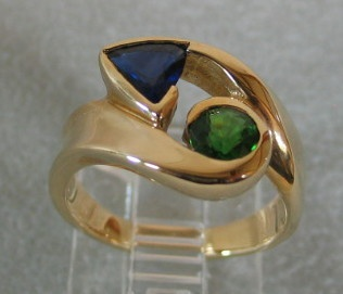 SAPPHIRE & CHROME TOURMALINE IN 14K RING VIEW 2