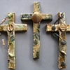 3 COLLAGE WALL CROSSES