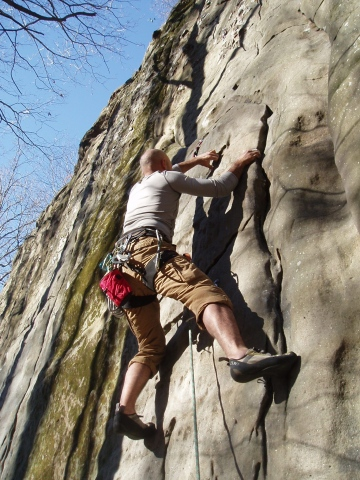Ahad Sabet on spleaf peak / Jackson Falls, Southern Illinois