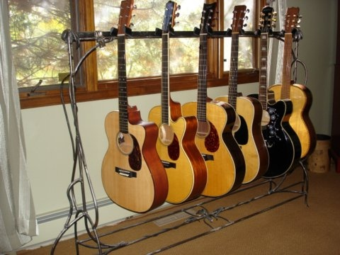 Ornamental guitar stand