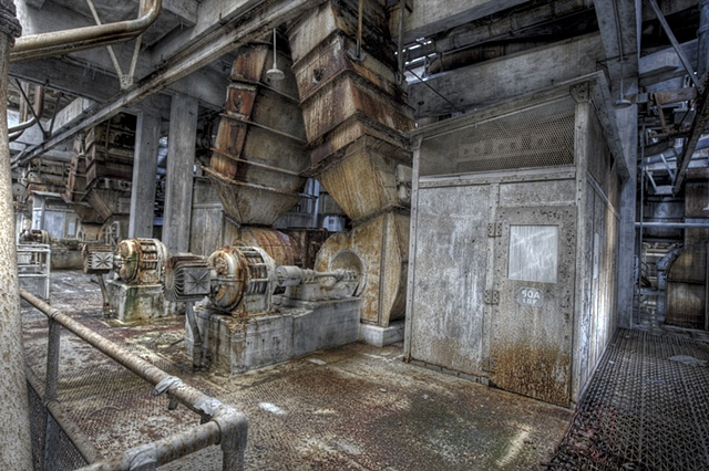 urban decay photography urbex beautiful transformers power plant philadelphia