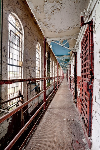 urban decay photography urbex beautiful deconstruction prison tennessee