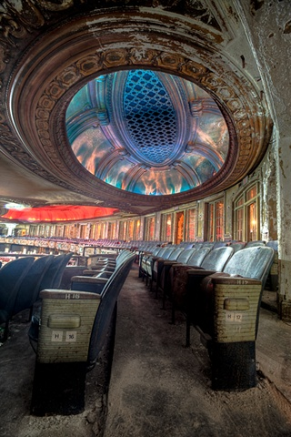 urban decay photography urbex beautiful deconstruction uptown theater chicago