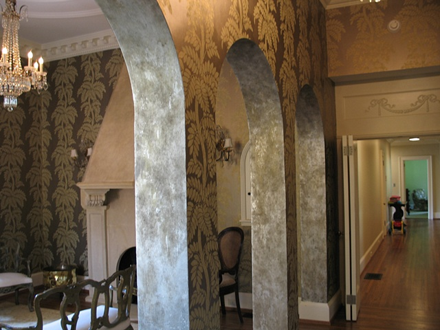 Distressed silver leaf arches