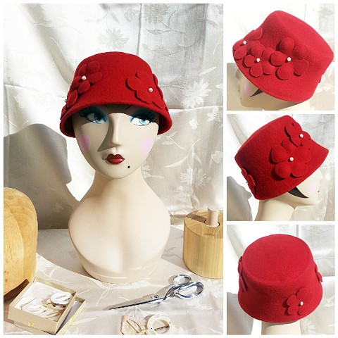Red Posies Cloche