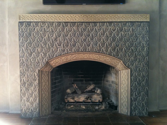 moroccan-inspired-tiles-painted--on-plaster-fireplace-trompe-l'eoil