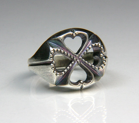 Customized Clover Ring.