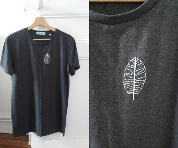 Embroidered Leaf Tee