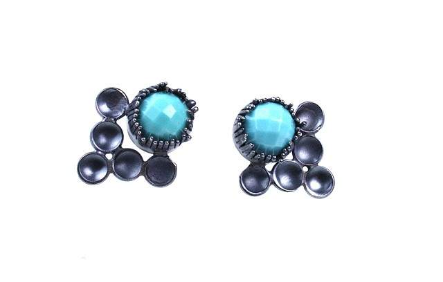 Turquoise protection earrings