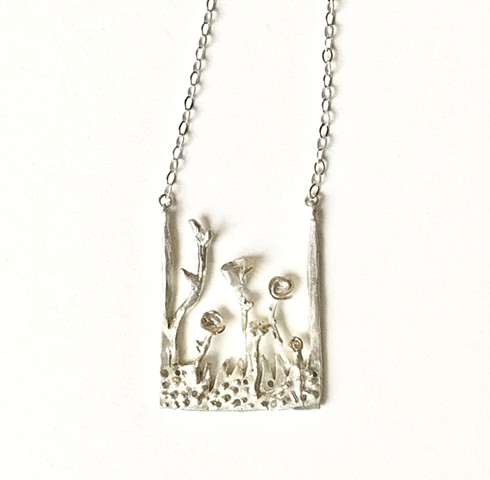 Contemporary floral necklace