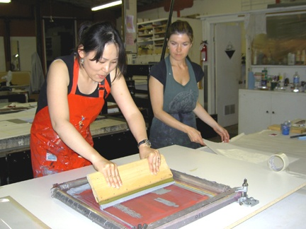 Teaching silkscreen during Word & Image workshop