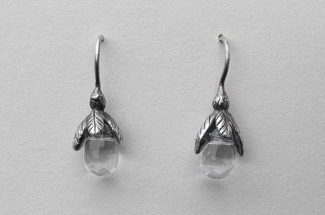 Glass Droplet Bud Earrings