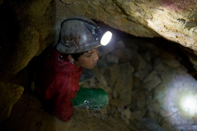 Marvin (14) works both as a miner and tourist guide, he is trying to learn as much as possible to be able to guide foreigners into the mine, but how things are he doesn't foresee he'll be attending school or doing later studies.