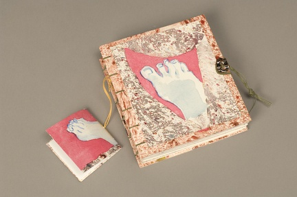 Feet  paper cover