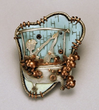 Bathtub Brooch