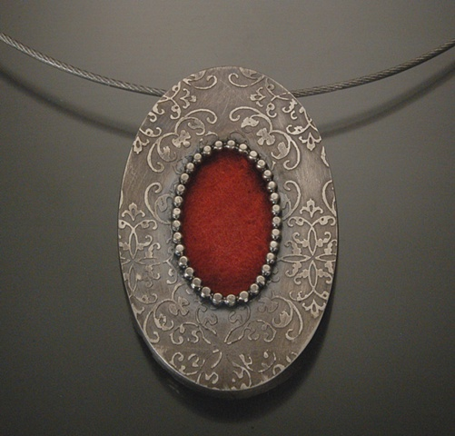 Red Oval Pattern Necklace Oxidized